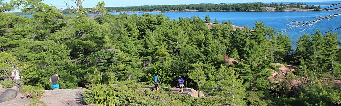 Chikanishing Hiking Trail, Killarney Provincial Park