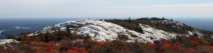 SILVER PEAK HIKING TRAIL, Killarney Provincial Park